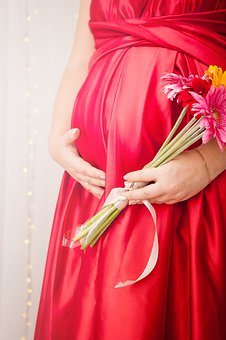 elegancka odzież ciążowa